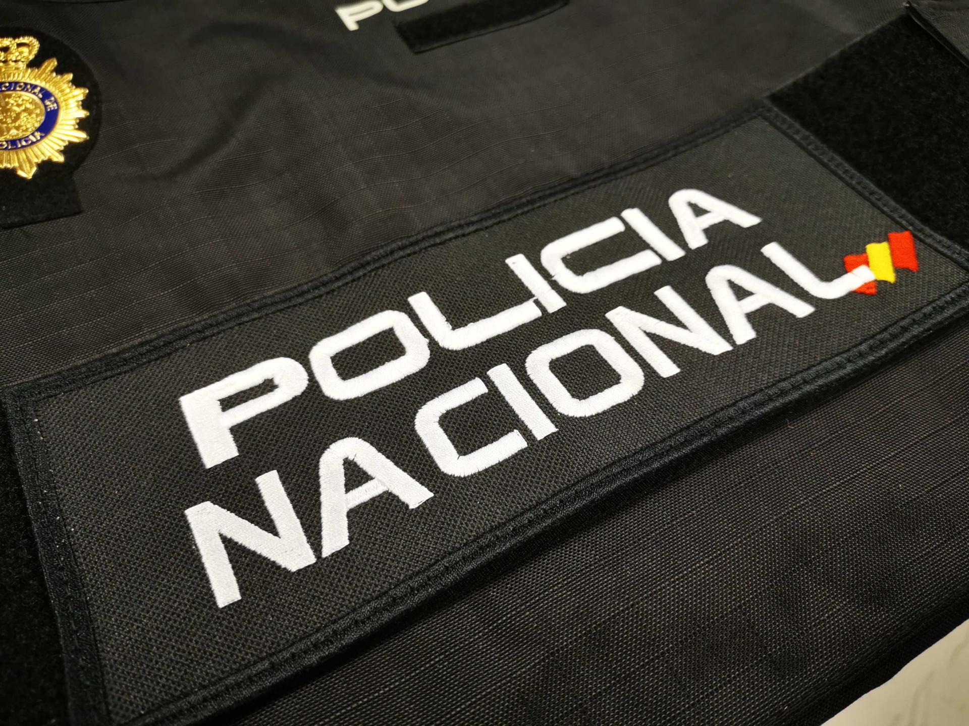 PARCHE POLICÍA NACIONAL ESPALDA