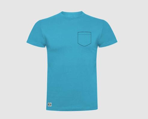 Camiseta niño bolsillo personalizado color turquesa.
