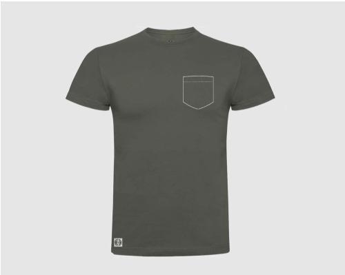 Camiseta unisex bolsillo personalizado color verde militar.