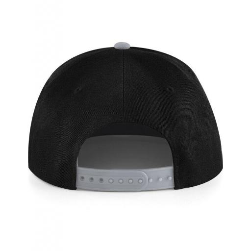 Gorra snapback color negro-gris.  [2]