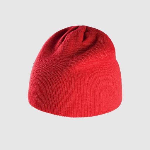 Gorro básico color rojo.