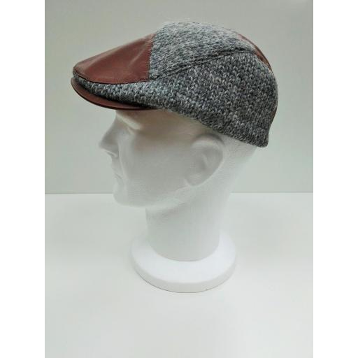 gorra gris remiendo [1]
