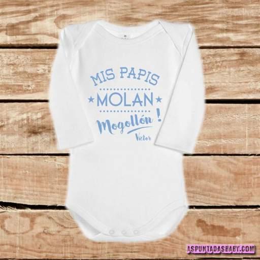 Body bebé mod. Mis papis molan mogollón (azul) [1]