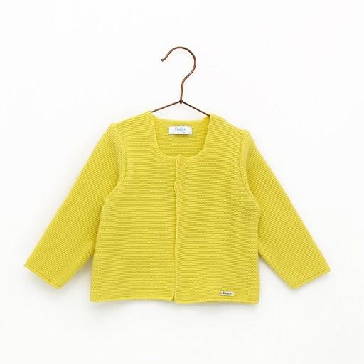 Chaqueta Foque links escote color amarillo limón.