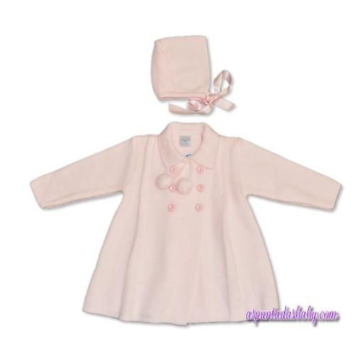 """Abrigo y capota """"Creaciones Cha-O"""" color rosa."""