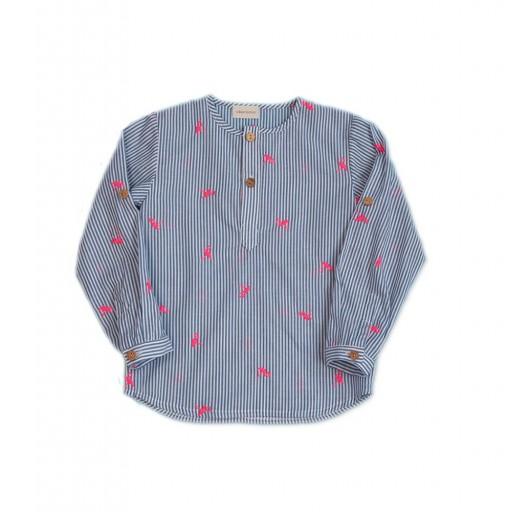 Camisa César Blanco mod. Flamenco color rosa flúor-añil.
