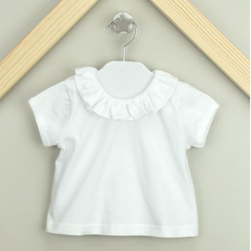 Camiseta Babidu manga corta con volantes en el cuello color blanco.