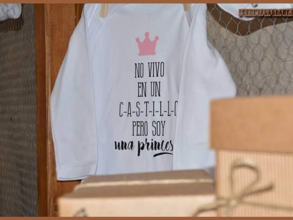 Body bebé mod. No vivo en un castillo....  (rosa) [2]