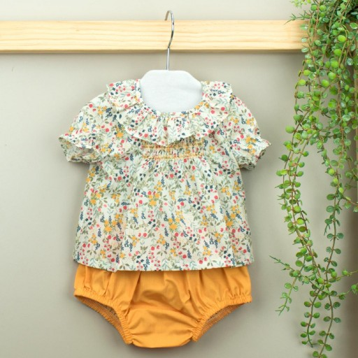 Conjunto Babidu ranita + camisa cuello volante colección Mia.