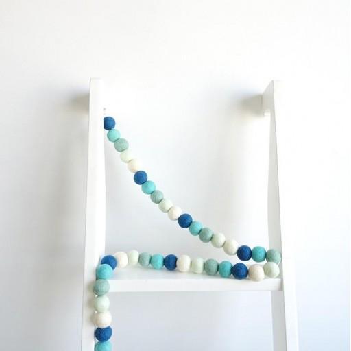 Guirnalda mix colores: azul marino/blanco/mint/agua/turquesa