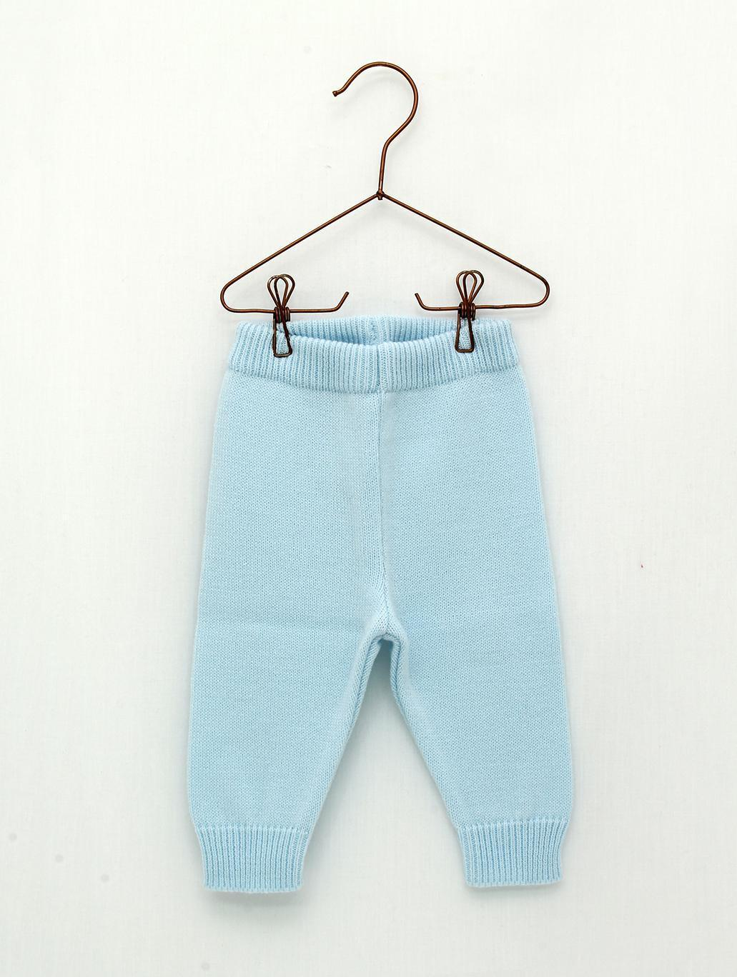 Pantalón largo Foque sin pies color azul celeste.
