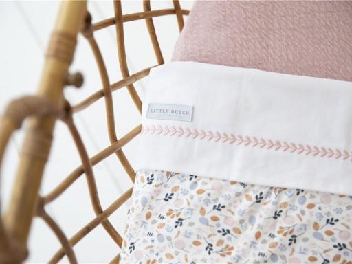 Sabana de cuna Little Dutch color blanco-rosa.  [2]