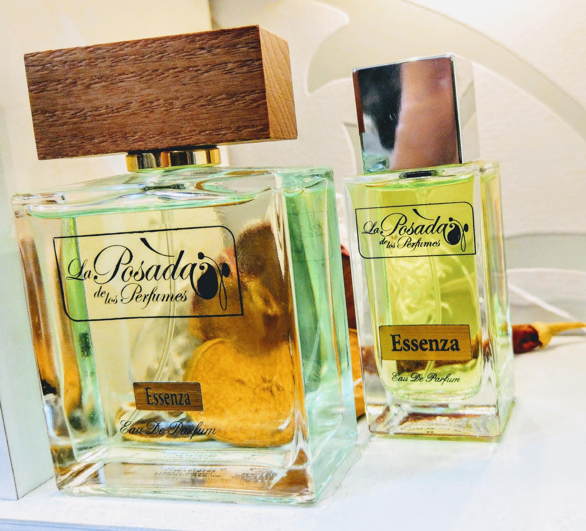 Essenza Eau de Parfum