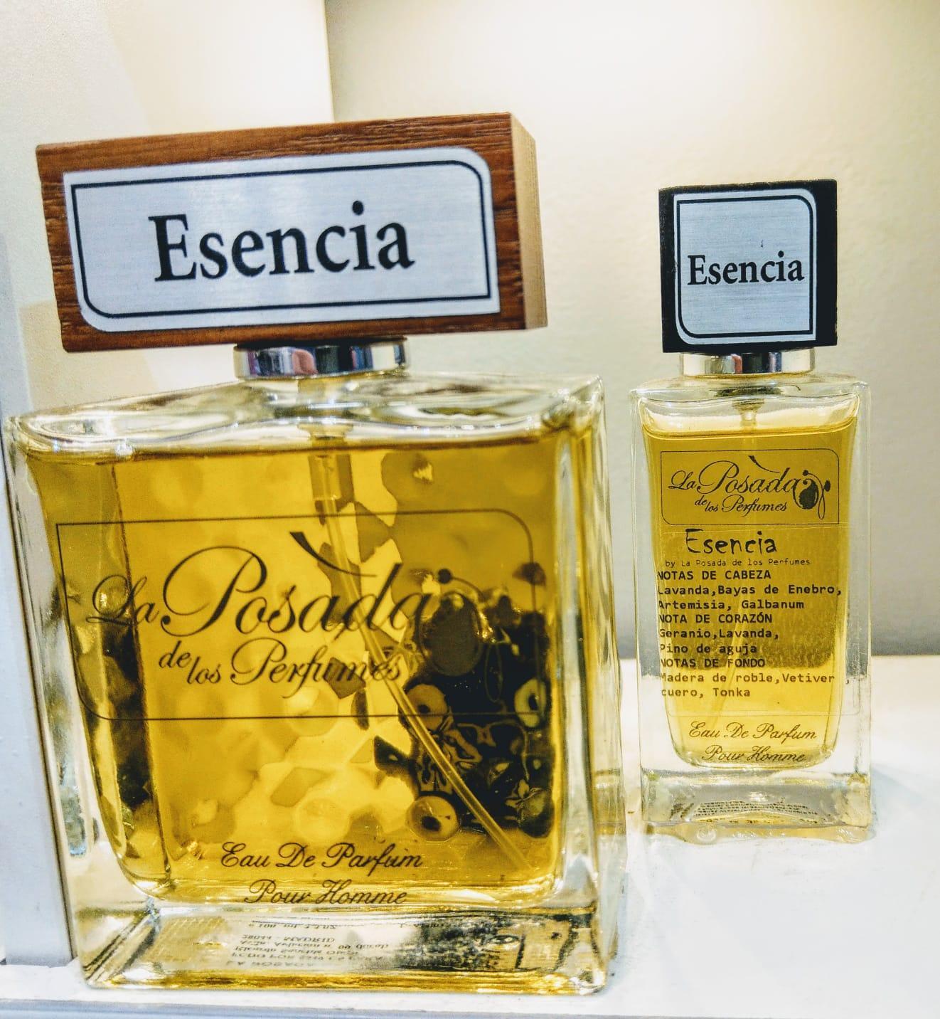 Esencia Eau de Parfum