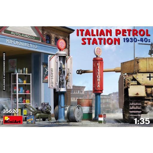 1/35 Italian Petrol Station 1930-40s