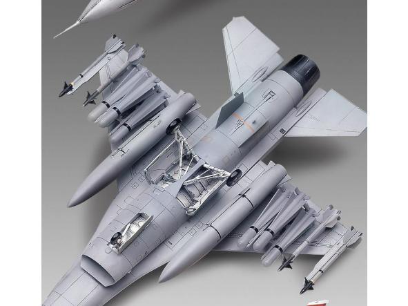 1/48 USAF F-16 A/C [2]