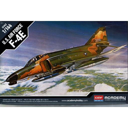 1/144 U.S. Air Force F-4E