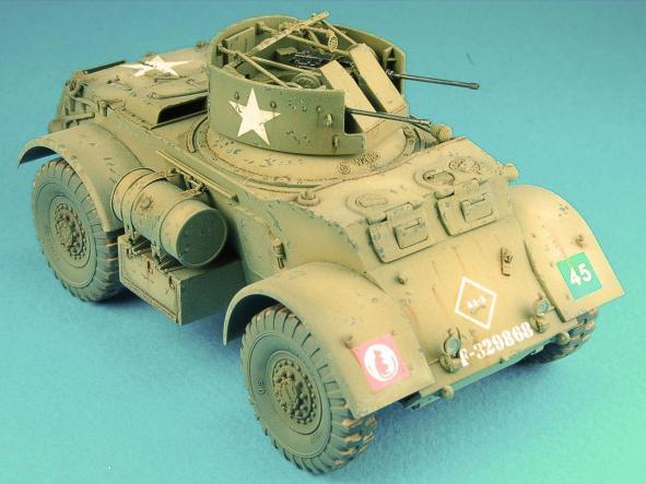 1/48 Vehiculo armado ligero T17E2 Staghound A.A. [3]