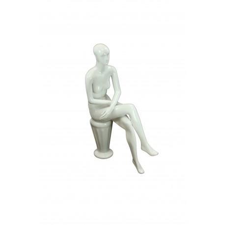 Maniquí de mujer sentada blanco