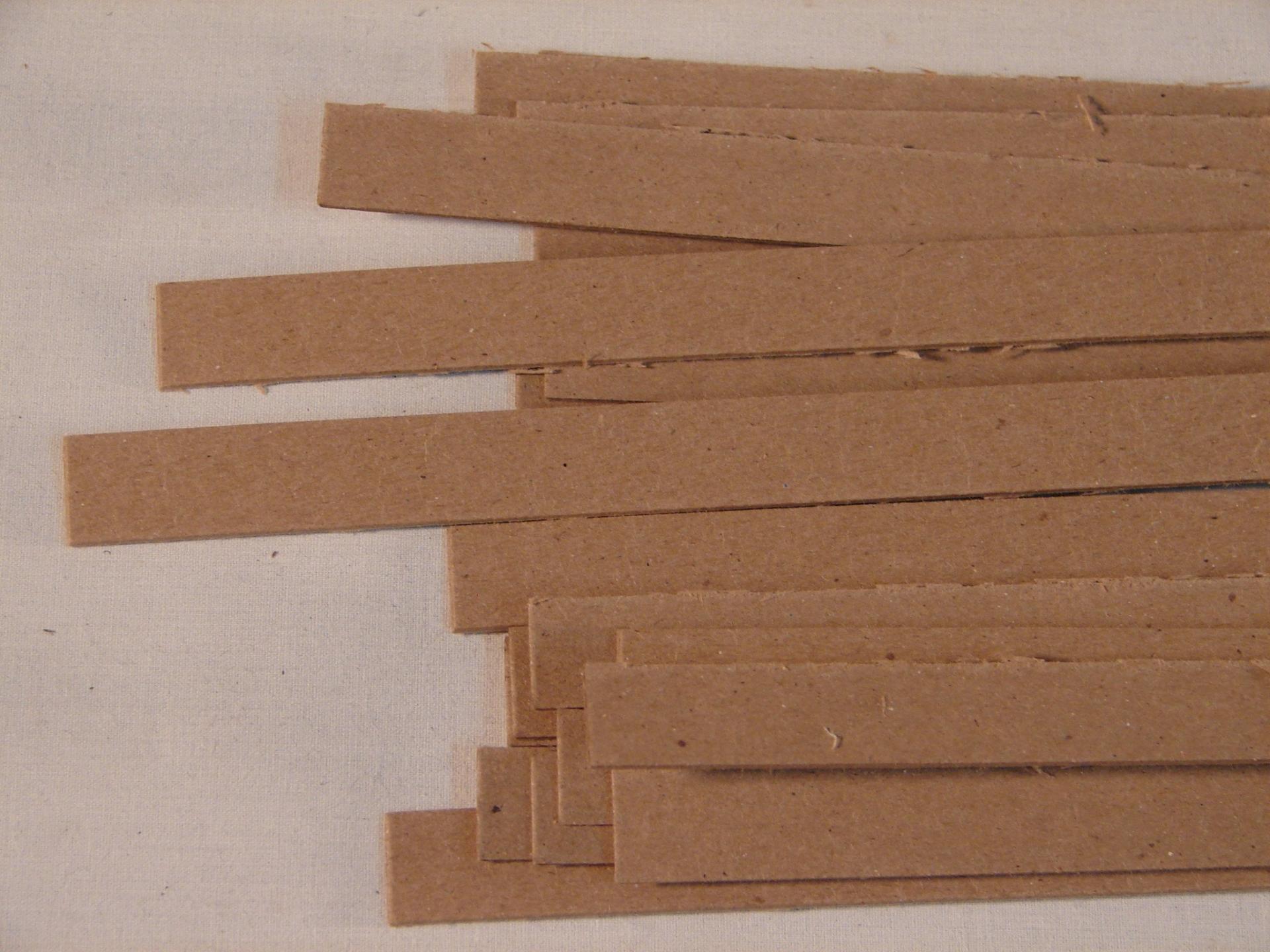 Rastreles de madera a pared