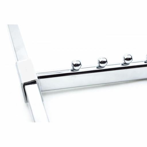 Colgadores inclinados con pivotes para tubo rectangular [2]