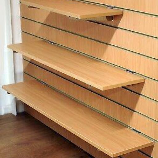 Baldas de madera a panel de lamas [1]