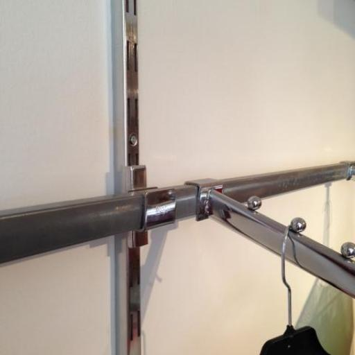 Barra tubo rectangular cromada, largo 300 cm [1]