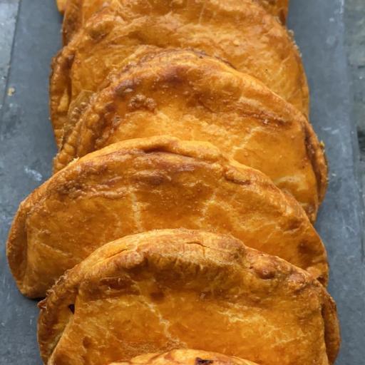 Empanadillas de frito de atún (1 ud) [0]