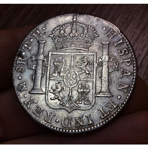 EXCELENTES 8 REALES CARLOS IV - ACUÑADOS EN 1806 EN MÉXICO TH [1]