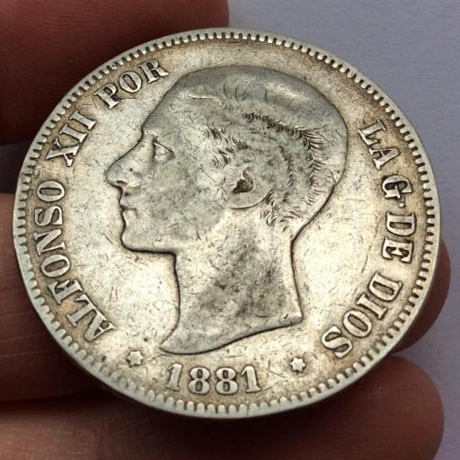 5 PESETAS 1881 *18 *79 - ALFONSO XII - VARIANTE MUY ESCASA