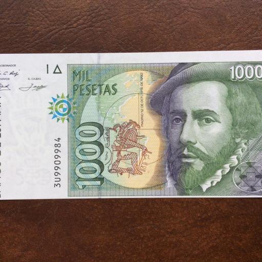 1000 PESETAS 1992 - GRAVE ERROR DESPLAZADO - SIN CIRCULAR