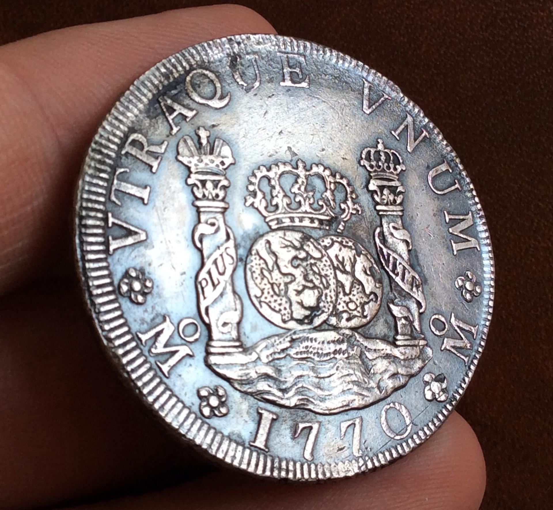 8 REALES PLATA 1770 - COLUMNARIO - REINADO DE CARLOS III - MÉXICO