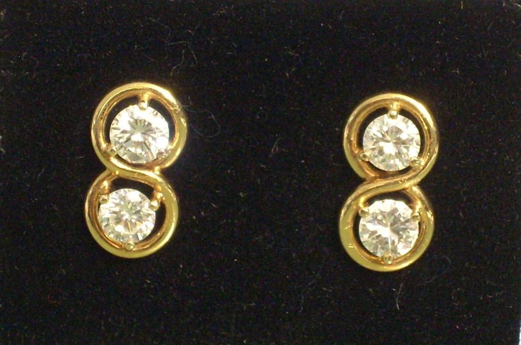 Pendientes oro 18 quilates con brillantes de 2 quilates (0,5 x 4) Calidad VS2 Color H