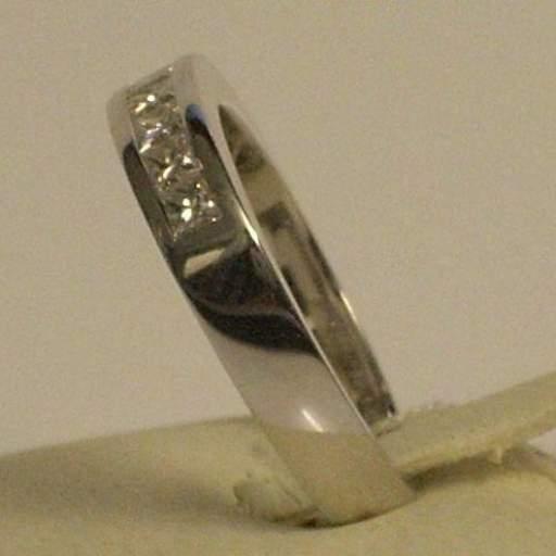 Liquidacion  Sortija de pedida en oro blanco y diamantes talla princesa Máxima calidad [1]