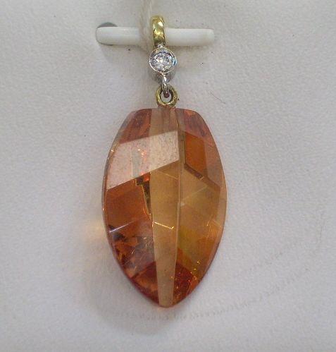 Precioso Colgante  en Oro Bicolor y Piedra Sintética Muy Barato
