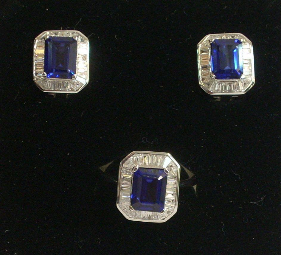 Pendientes Y Sortija Oro Blanco 18 Quilates Con Preciosos Diamantes Y Zafiros Azules