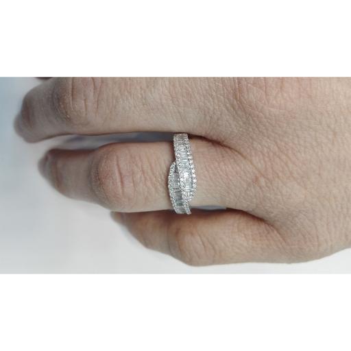 Sortija Oro Blanco y Diamantes Talla Brillante Y Baguette  [1]