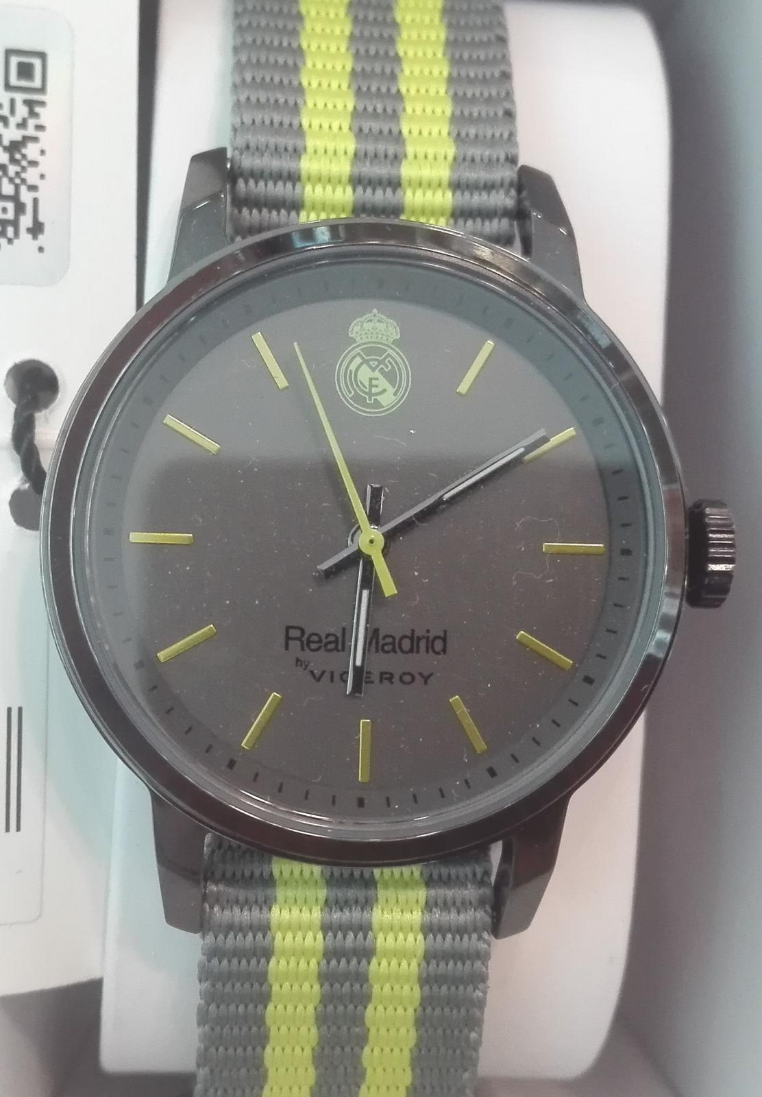 ¡Cómpraselo! Reloj Viceroy Real Madrid 40966-17 Tamaño Cadete