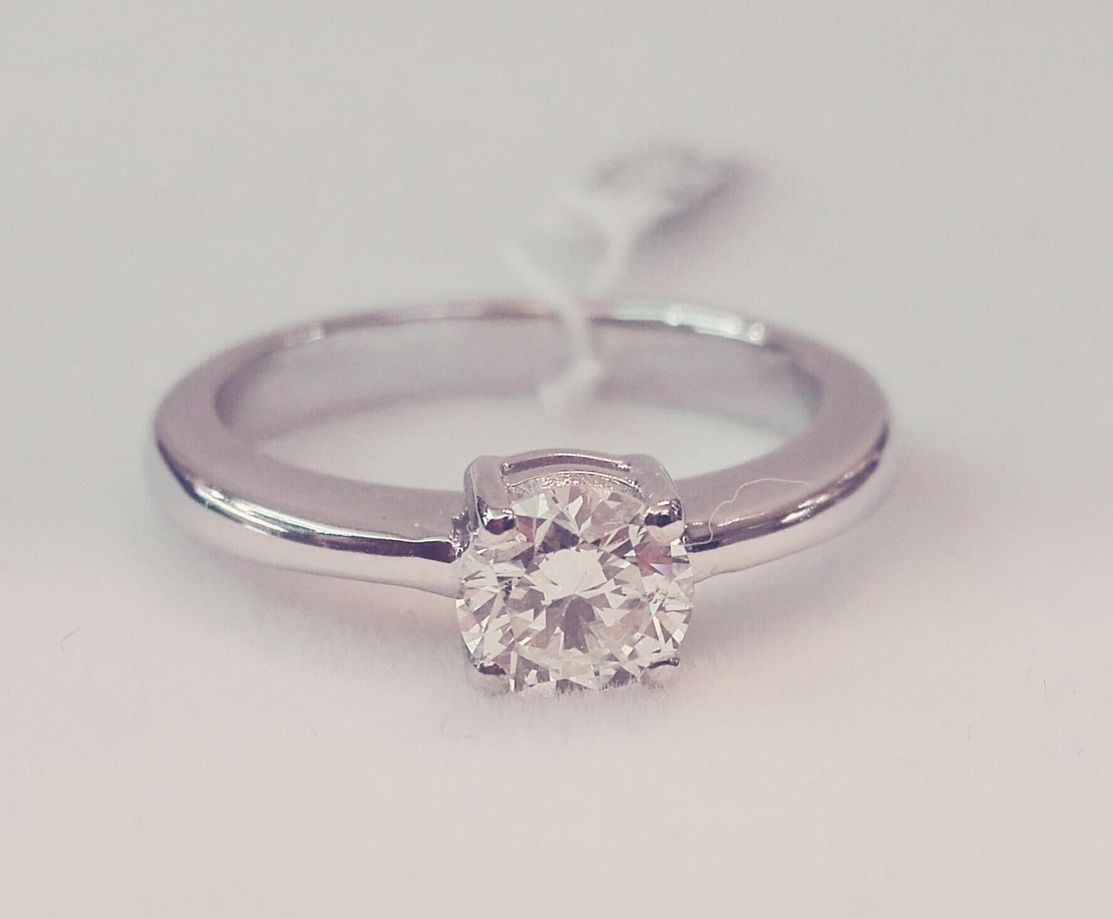 Anillo De Diamantes Oro Blanco Ideal Compromiso