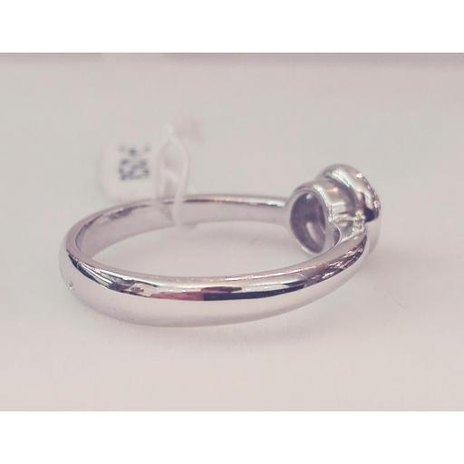 Anillo Solitario Para Pedida De Diamantes Talla Brillante Montado En Oro Blanco [1]