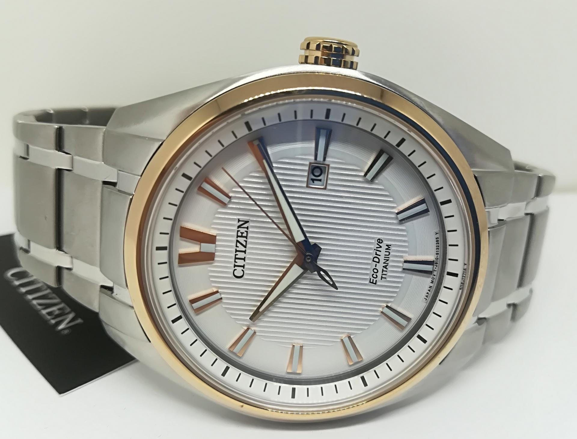 Reloj Citizen AW1244-56A Súper Titanium