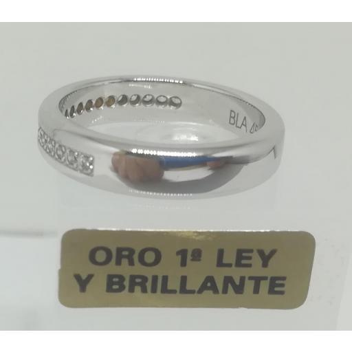 Alianza LK de Oro Blanco y Diamantes Semi Rectangular 0,20 Cts [1]