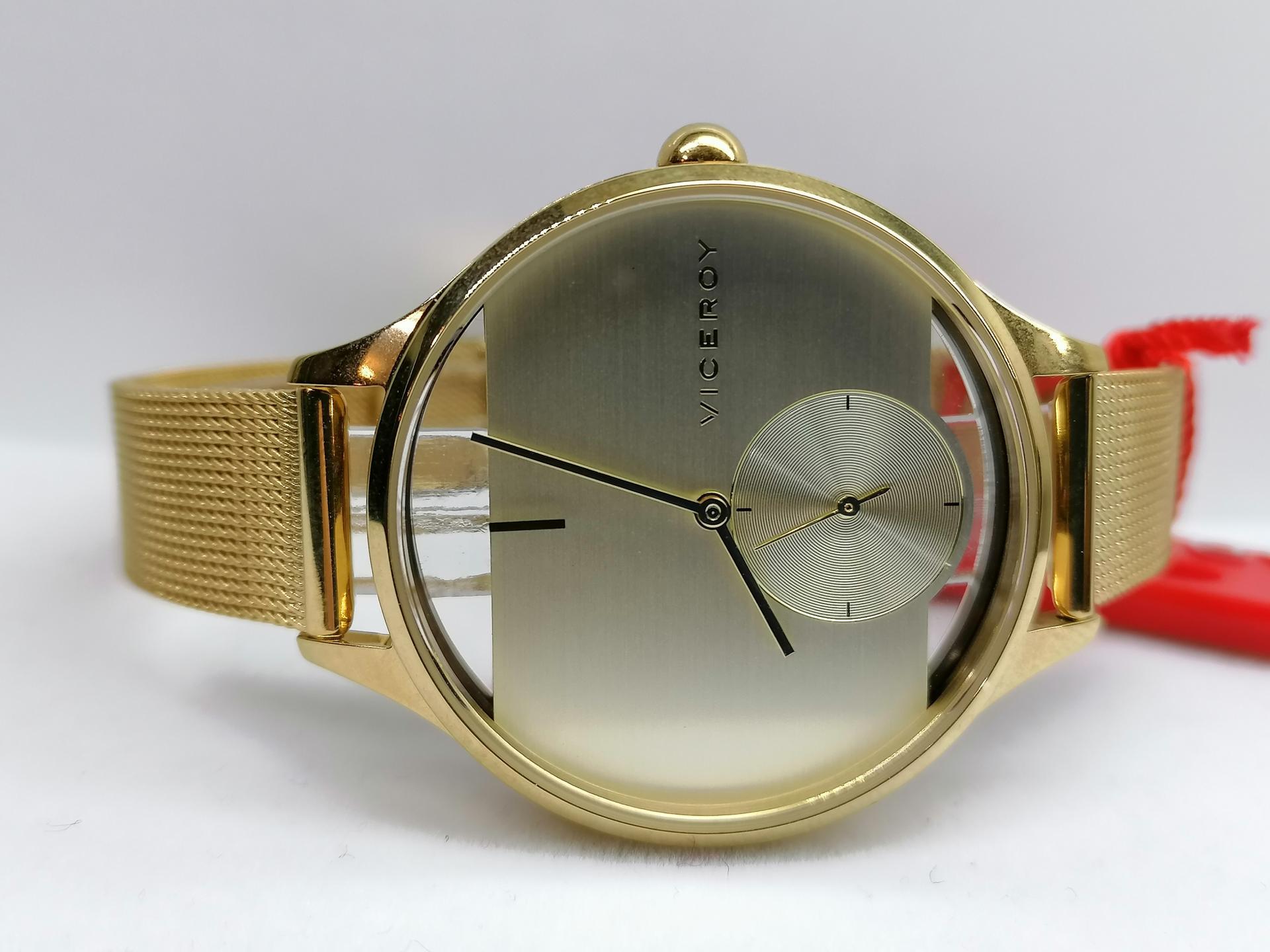Reloj De Mujer Viceroy Con Brazalete De Acero IP Dorado 42370-90