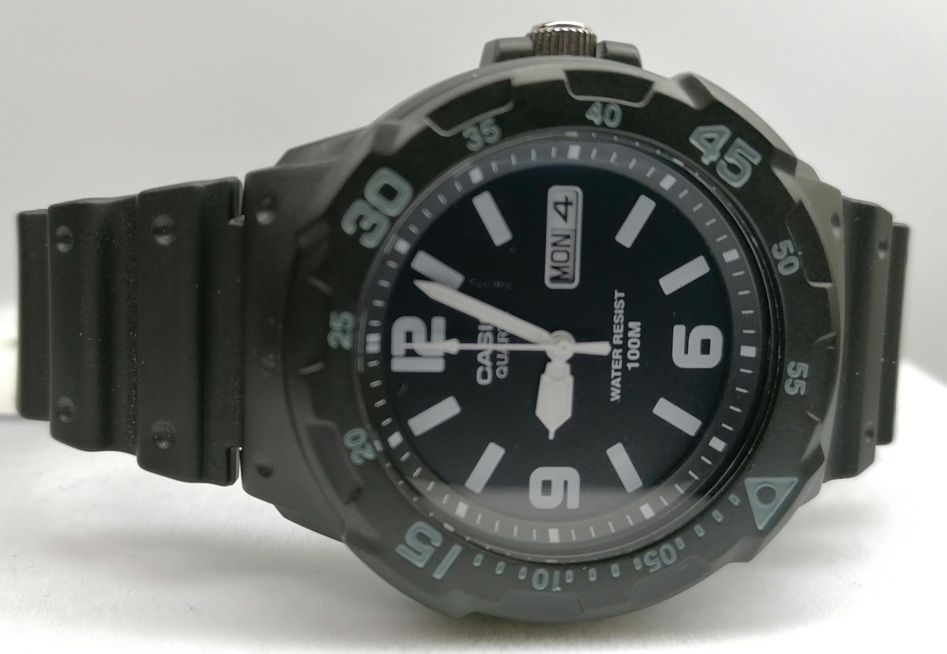 Reloj Casio Hombre Analogico Deportivo MRW-200H-1B2VDF