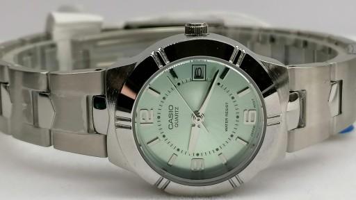 Reloj Casio Mujer Plateado Moderno LTP-1241D-3ADF