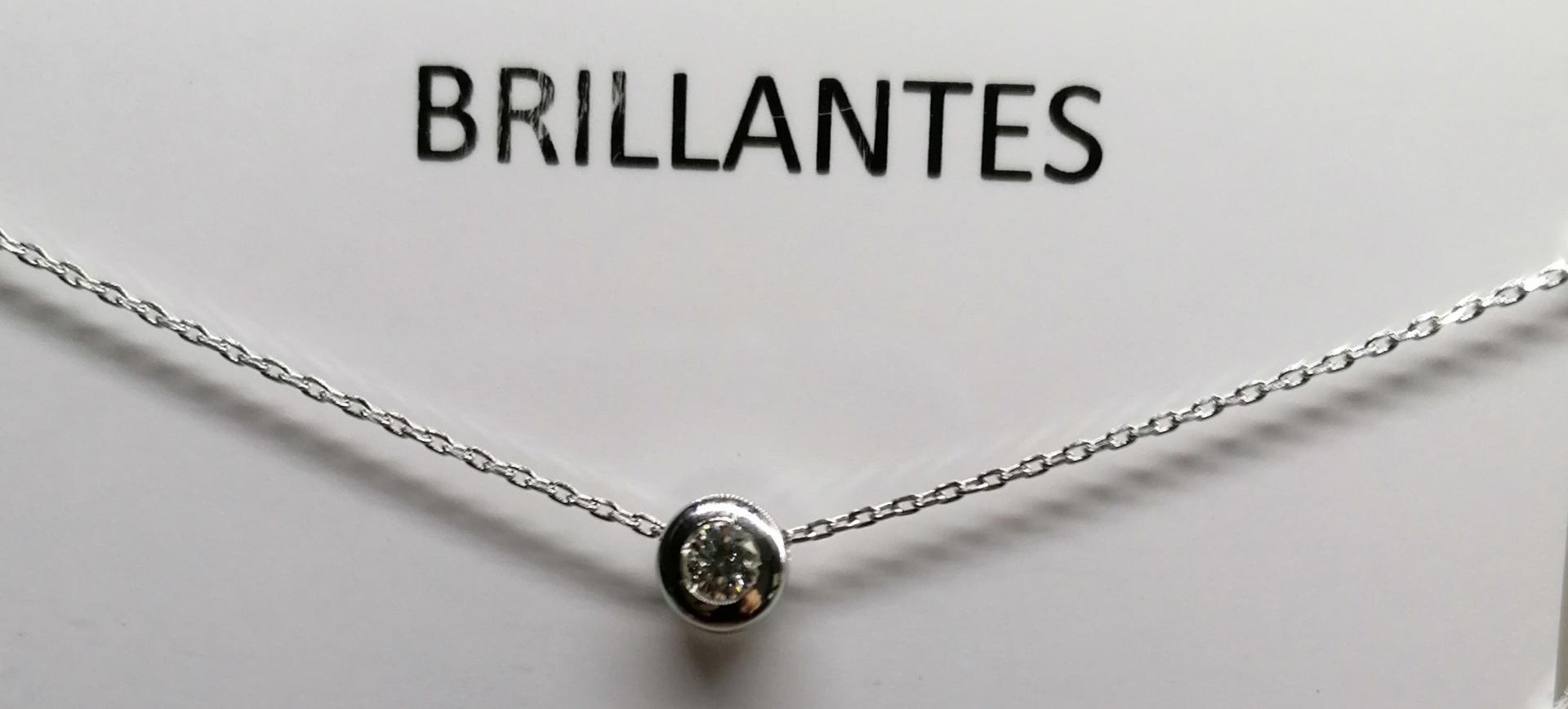 Gargantilla De Oro Blanco Con Diamante 0,12 CTS.