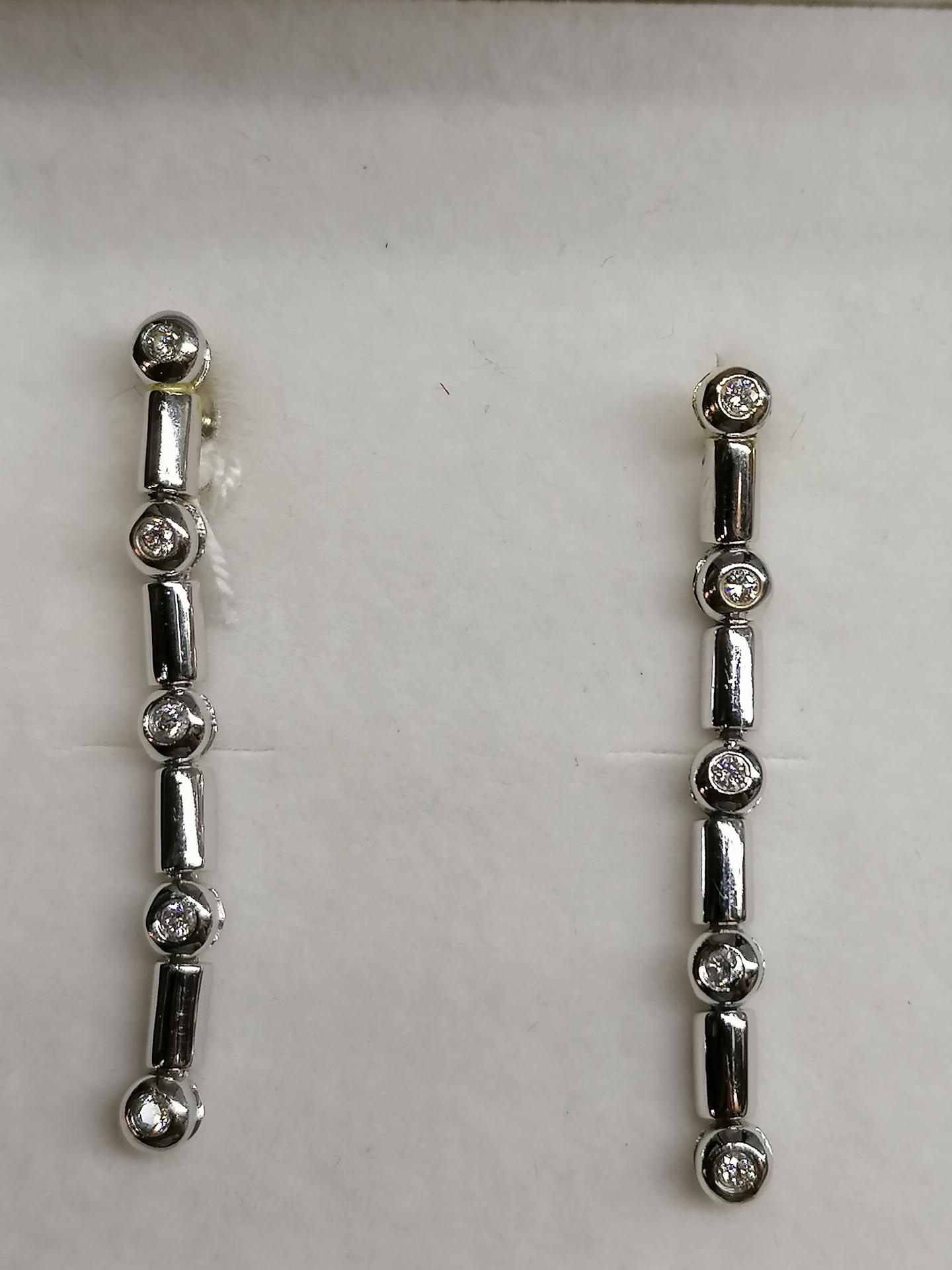Pendientes Largos Con Diamantes Oro Blanco 18 Kts