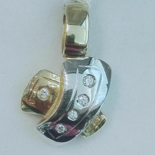 Colgante Oro Blanco Y Amarillo Con Diamantes Forma X
