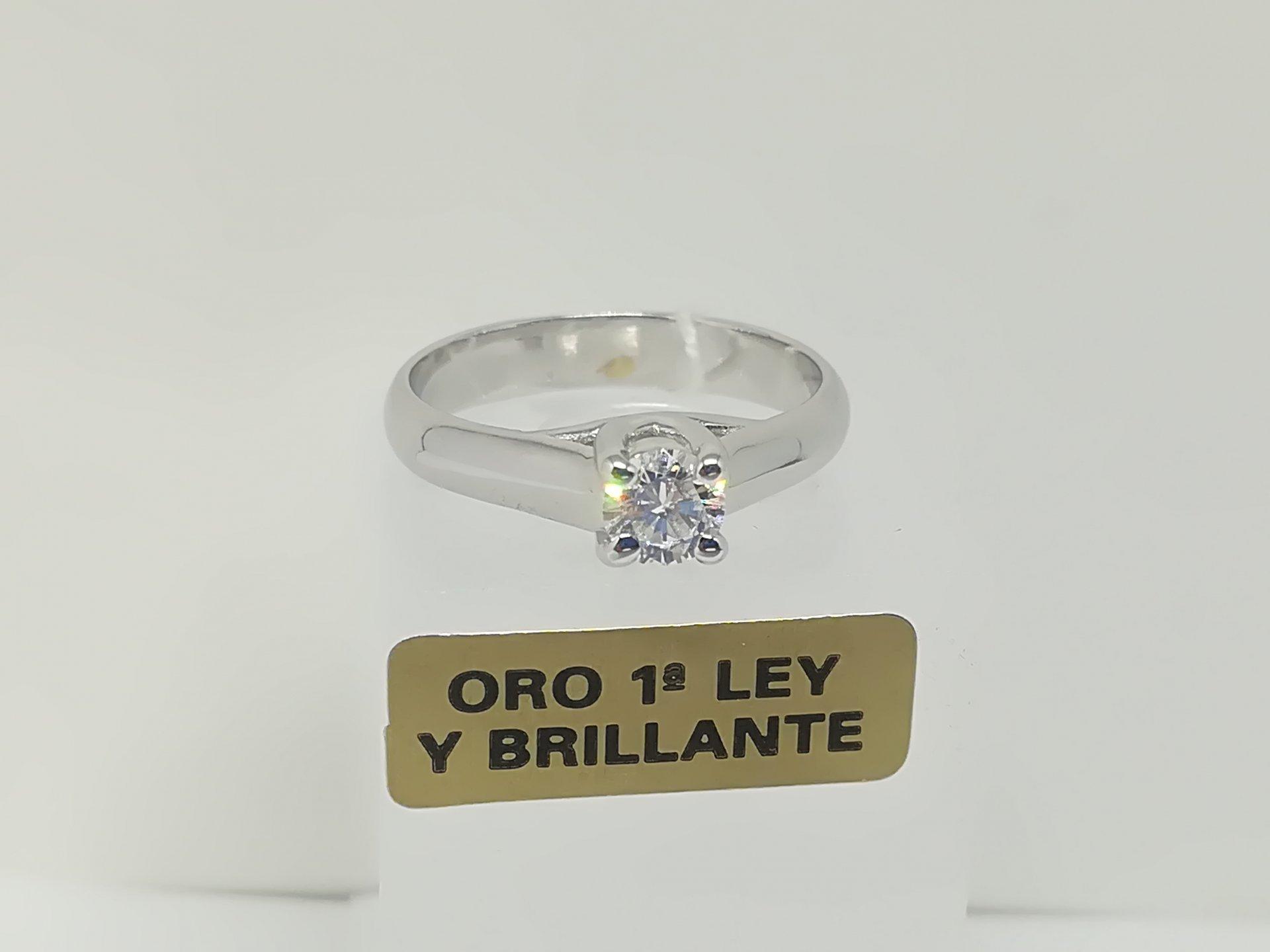 Anillo Solitario Diamante De Oro