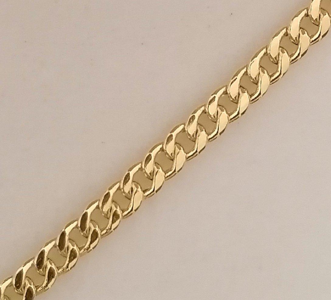 bonitos eslabones planos tejido barbado de esta cadena de oro
